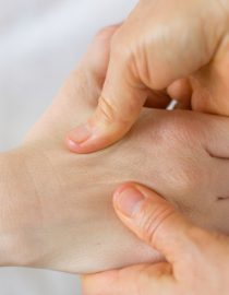 How Shiatsu Massage Can Help With Chronic Pain